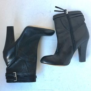 Shoes - High Heeled Chelsea Boots